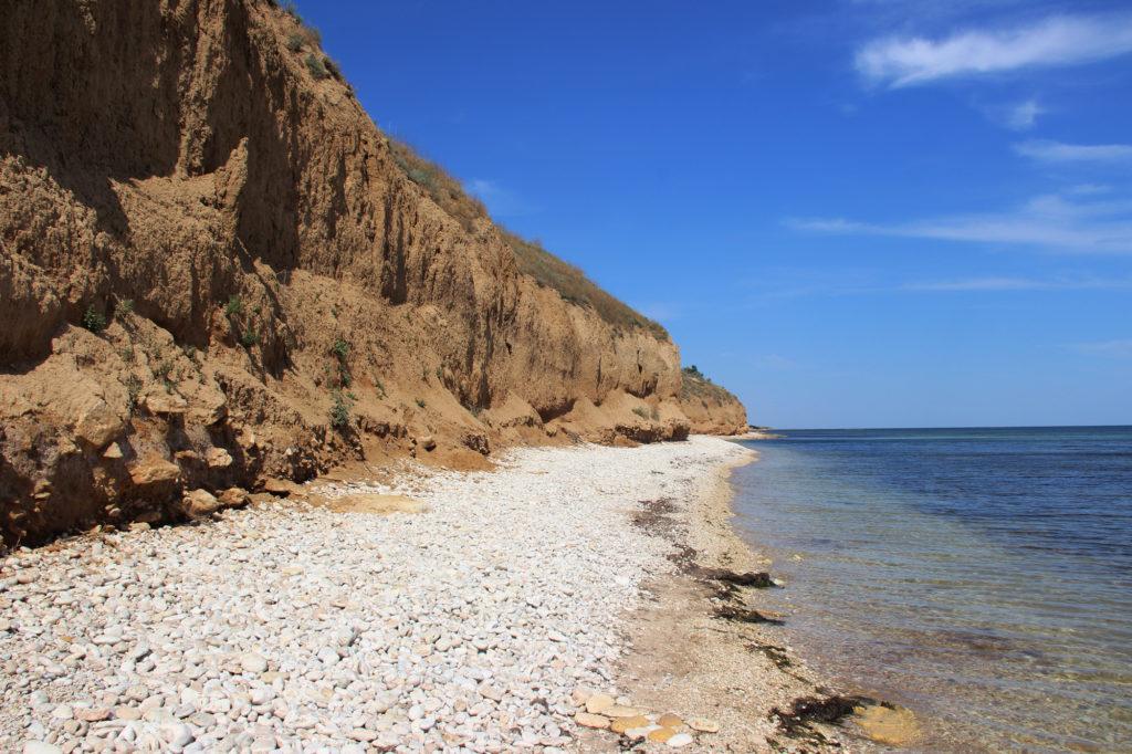 галечный пляж в окуневке